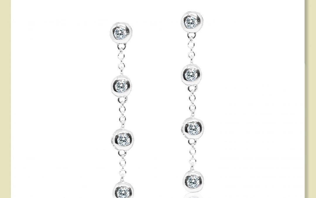 eClarity Dangling Diamond Earrings